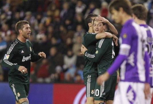 """""""Y Valladolid no fue distinto a otros partidos"""" para Özil [Foto de MARCA.COM por Pablo García]"""