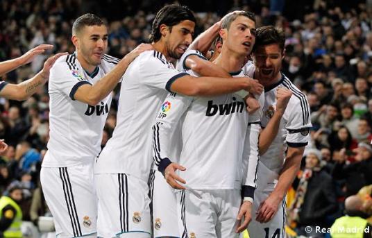 """""""El uno a cero, el gol de Cristiano Ronaldo, de falta, es el detalle del jugador. Y del partido ya en sí; una rúbrica más."""" [Foto de REALMADRID.COM por Helios de la Rubia]"""